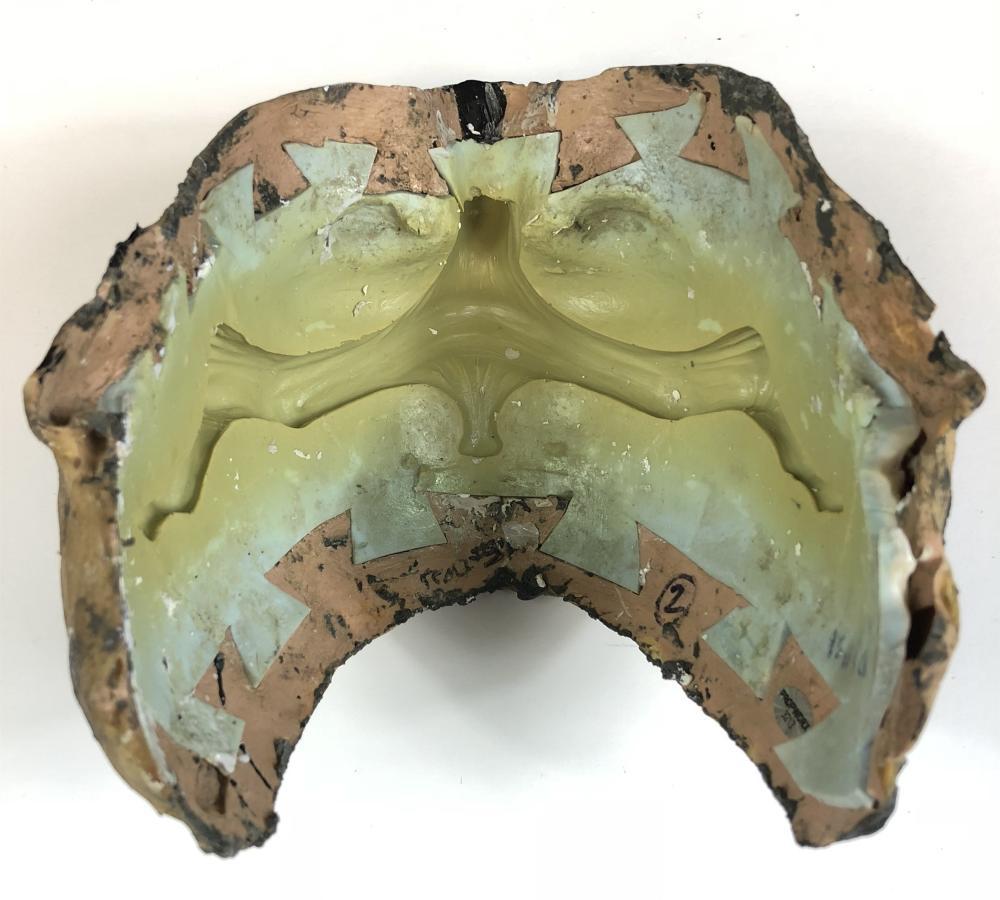 Lot 188: Stargate SG-1 (1997–2007) - Foothold Alien Mask Mold
