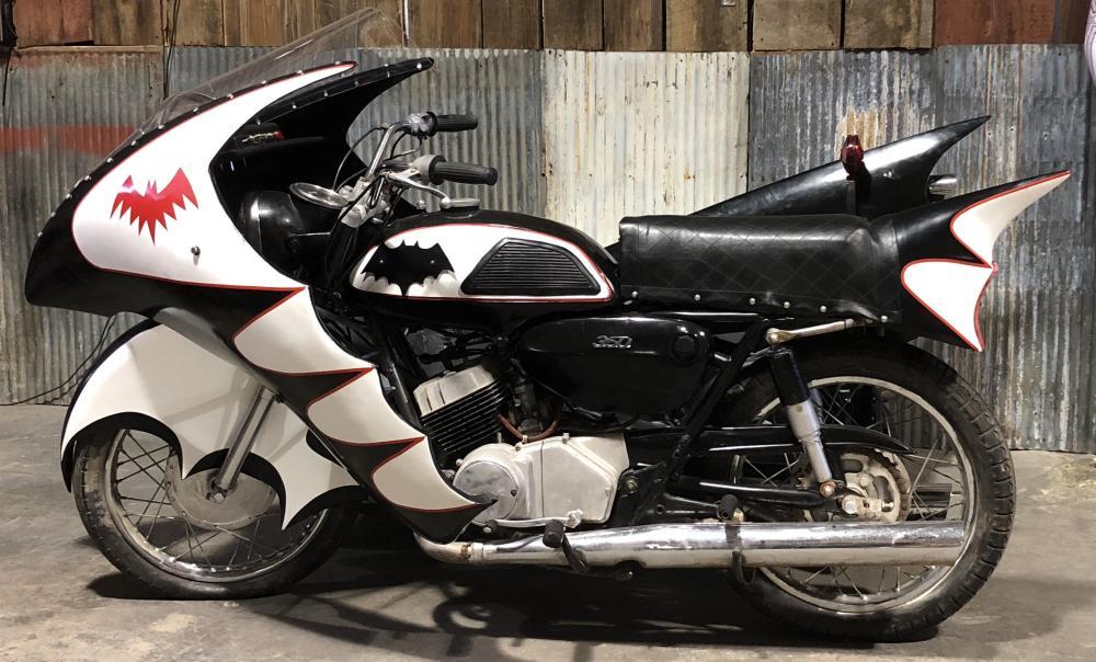 Batman (1966–1968) - Yamaha YH Replica Batcycle with Side Car and Mock-up Go-Cart