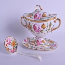 A GOOD EARLY 19TH CENTURY ENGLISH PORCELAIN SAUCE TUREEN COVER AND STAND Coalport style, moulded and painted with floral sprays. 18 cm x 16 cm.