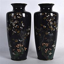 A PAIR OF EARLY 20TH CENTURY JAPANESE MEIJI PERIOD CLOISONNE ENAMEL VASES d