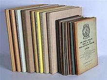 A COLLECTION OF NINETEEN VINTAGE CHINESE REFERENCE BOOKS AND CATALOGUES. (1