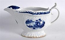 18TH C. WORCESTER SAUCEBOAT PAINTED WITH THE LITTLE FISHERMAN PATTERN workm