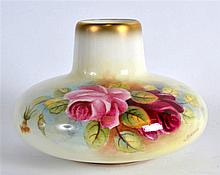 ROYAL WORCESTER VASE with short neck and compressed body painted with roses