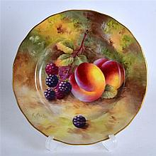 ROYAL WORCESTER PLATE painted with blackberries and peaches by Harry Ayrton