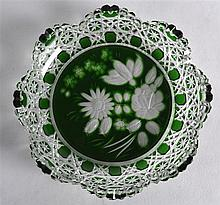 AN UNUSUAL MEISSEN GREEN AND CLEAR GLASS DISH. 5Ins wide.