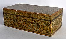 AN EARLY 20TH CENTURY INDIAN KASHMIR LACQUER RECTANGULAR BOX AND COVER deco