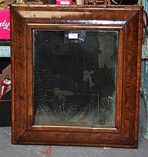 A GOOD 17TH/18TH CENTURY QUEEN ANNE OYSTERWOOD MIRROR of rectangular form. 56 cm x 64 cm.
