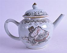 A GOOD 18TH CENTURY CHINESE EXPORT EN GRISAILLE TEAPOT AND COVER painted with a European subjects courting under a gilt & black border. 18.5 cm wide.