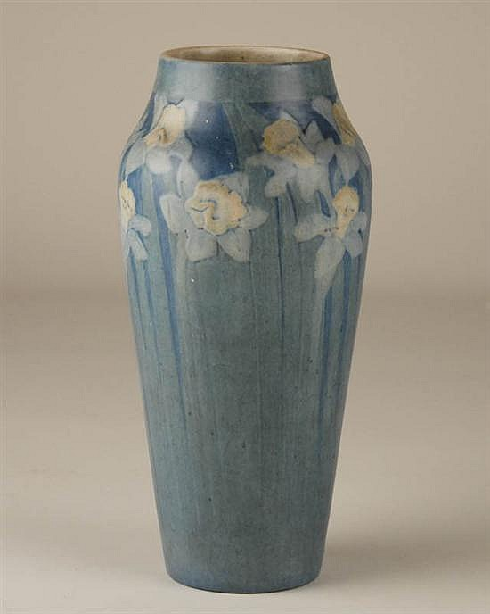 A Newcomb College Pottery Vase,