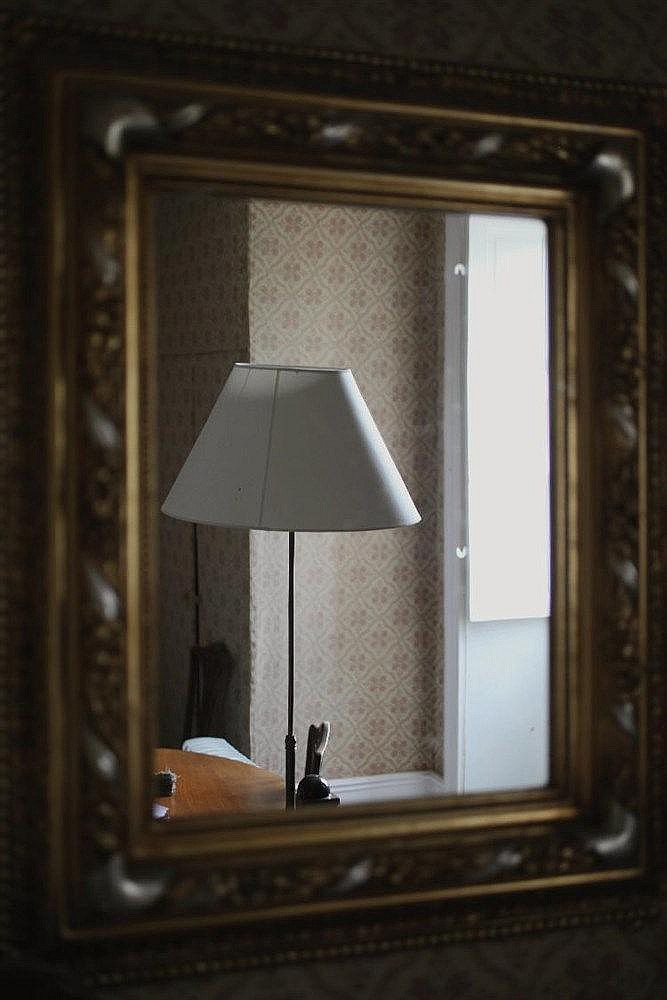 Miroir rectangulaire en bois dor moderne h 88 cm l for Miroir dore rectangulaire