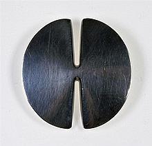 GEORG JENSEN, design Nanna Ditzel. Broche ronde en argent, modèle n° 337 B.