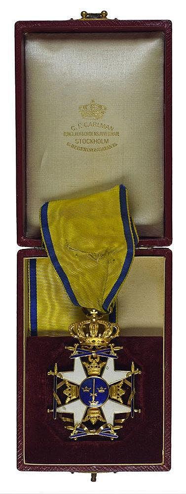 Croix de commandeur en or et émail par C. F. Carlman dans son écrin d'origi