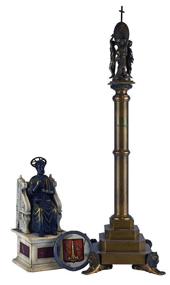 Composé d'une sculpture représentant Saint Pierre en zamac sur un siège en