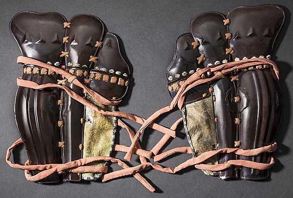 A pair of o tateage suneate, 2nd half of Edo period