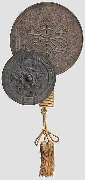 A bronze mirror, Meiji period