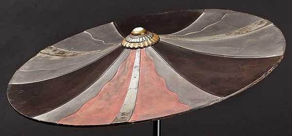 A lacquer jingasa, late Edo period