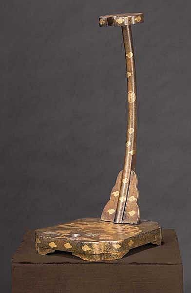 A tachikake (sword stand), Meiji period