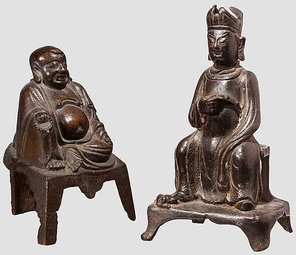 Two Chinese bronze figures, Qing period