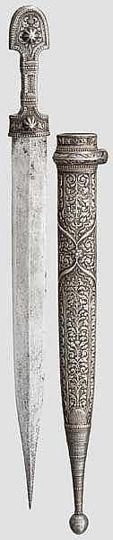 Silbermontierter Kinzal, Kaukasus um 1900