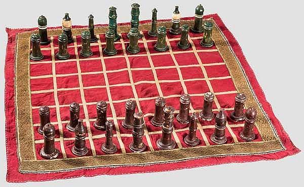 Schachspiel aus Bein mit Spieltuch, Bundi, Rajasthan, Mitte 19. Jhdt.
