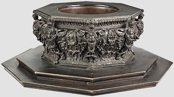 A bronze table centrepiece, Padua, 18th/19th century