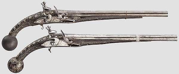 Ein Paar Steinschlosspistolen, orientalische Basararbeit des 20. Jhdts. unter Verwendung alter Teile