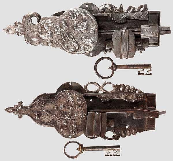 Zwei Schrankschlösser, deutsch um 1720