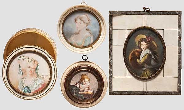 Vier Miniaturen mit Rahmen bzw. Dose aus Elfenbein, 19./20. Jhdt.