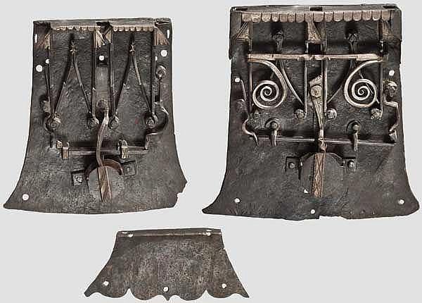 Zwei gotische Truhenschlösser, deutsch um 1500