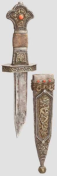 Messer mit Korallenbesatz, Tibet, 1. Hälfte 20. Jhdt.