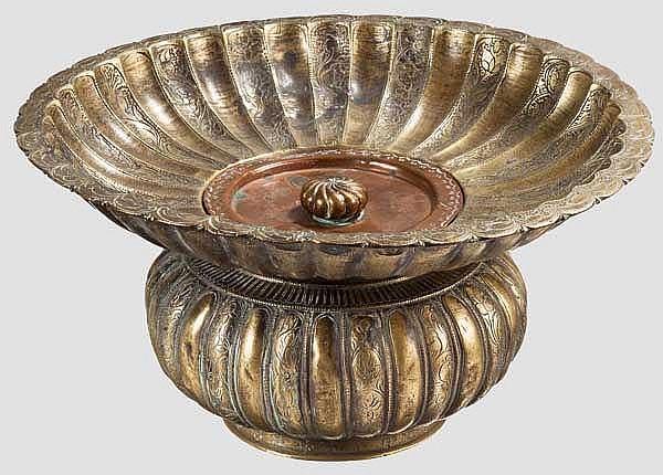 Gravierte Waschschüssel, osmanisch, 18. Jhdt.