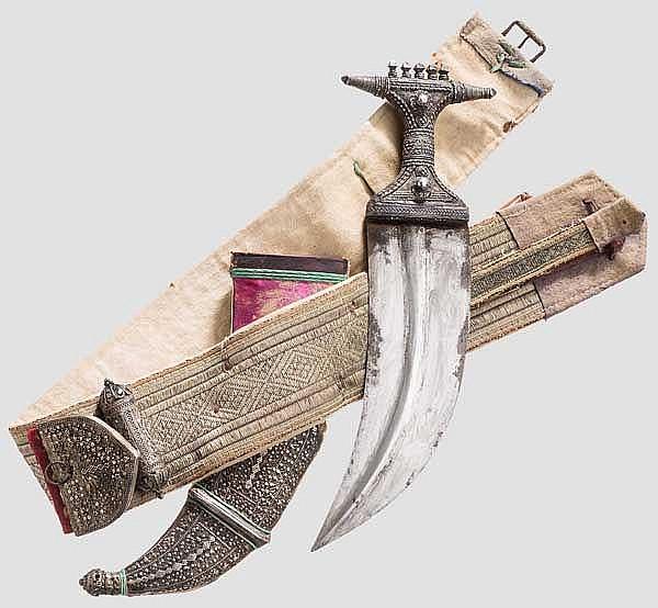 Silbermontierte Djambia mit Gürtel, Jemen, Jizan, 1. Hälfte 20. Jhdt.