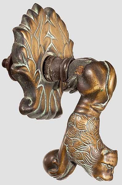 Bronze-Türklopfer in Löwenform, norddeutsch oder niederländisch, 18. Jhdt.