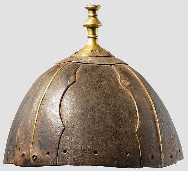 Eiserner Achtplatten-Helm, Tibet, 16./17. Jhdt.