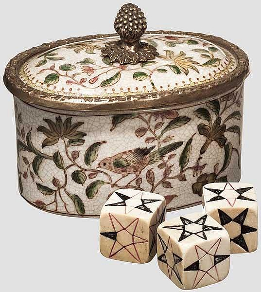 Würfelspiel, osmanisch um 1900 und Deckeldose