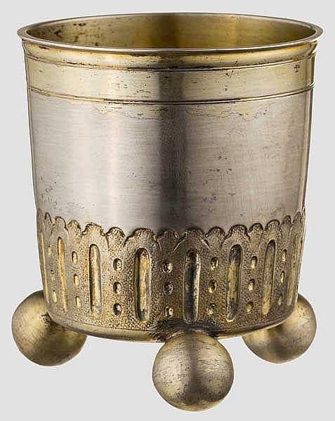Kleiner Kugelfußbecher, Augsburg um 1715