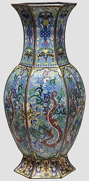 Cloisonné-Vase, China, 18./19. Jhdt.