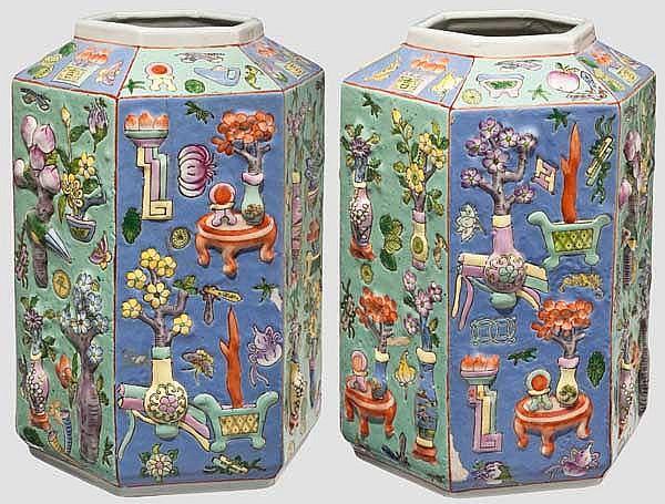 Ein Paar sechskantige Vasen, China, 20. Jhdt.