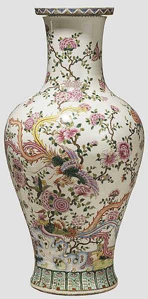 Porzellan-Bodenvase, China 20. Jhdt.