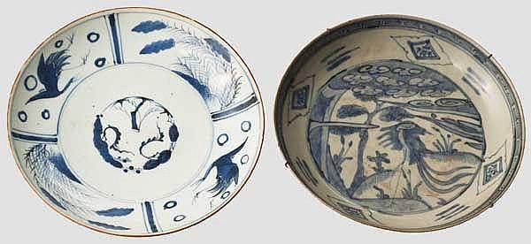 Zwei blau-weiße Teller, China und Japan, 18./19. Jhdt.