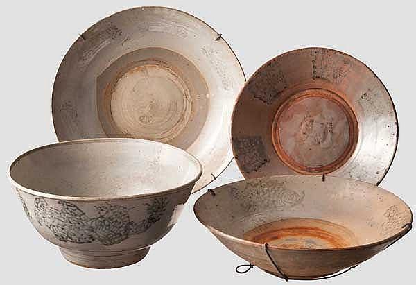 Vier Porzellanschalen, China oder Korea, 18./19. Jhdt.