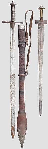 Silbermontierte Kaskara und Schwert der Tuareg, Sudan bzw. Nordafrika um 1900