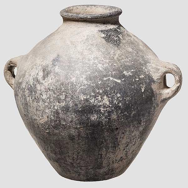 Vorratsgefäß mit zwei Bandhenkeln, anatolische Kupferzeit, 4. Jtsd. v. Chr.