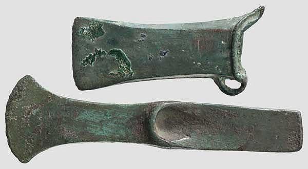 Absatzbeil und Tüllenbeil, 15. - 10. Jhdt. v. Chr.