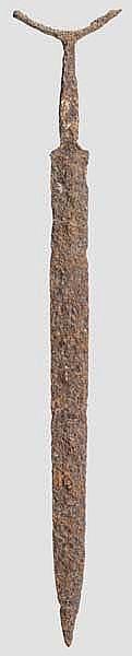 Früheisenzeitliches Antennenschwert, 6. Jhdt. v. Chr.