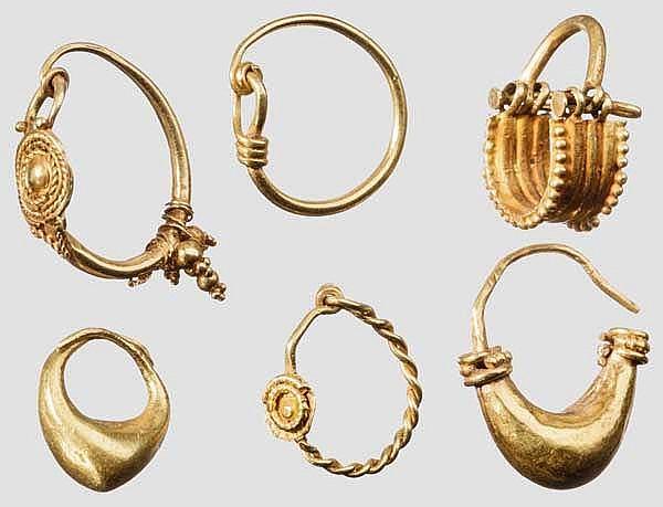 Sechs goldene antike Ohrringe, griechisch, 6. - 3. Jhdt. v. Chr.