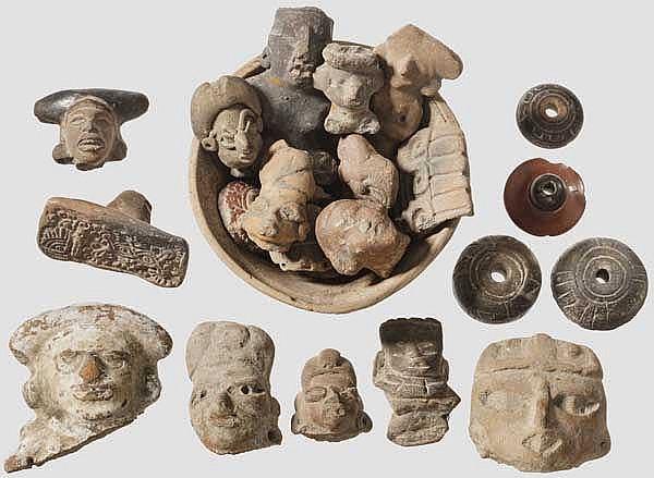 24 präkolumbianische Keramiken, Mexiko, großteils figürlich