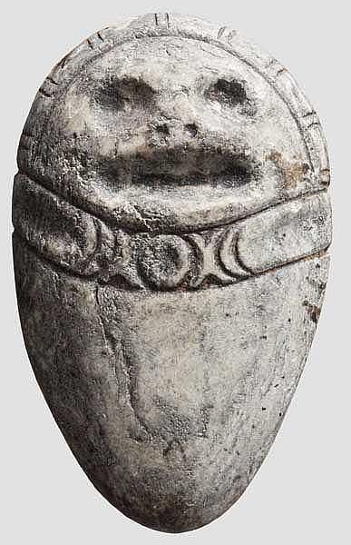 Ovoide, anthropomorphe Steinstele, Taino-Kultur, Karibik, ca. 11. - 15. Jhdt.