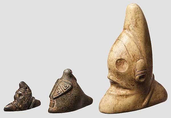 Drei Dreispitzfiguren, Taino-Kultur, Karibik, 11. - 15. Jhdt.