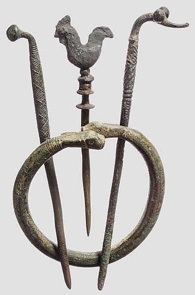 Drei Nadeln und ein Armring, Späte Bronzezeit und Frühe Eisenzeit
